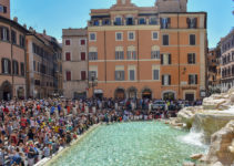 Trevi Fountain Crowds